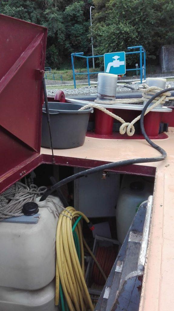 Watertanks in de voorpiek